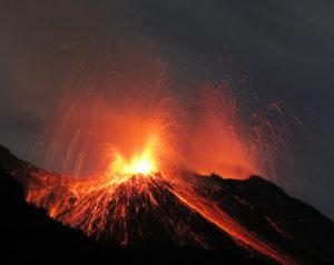 Bild der Ätna, Vulkanausbruch, Eruption bei Nacht